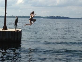 Mo_Jump_Swim_130809